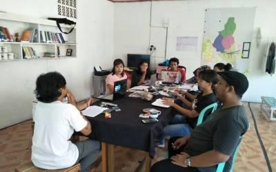 Pertemuan Pertama Lokakarya Lapuak-lapuak Dikajangi